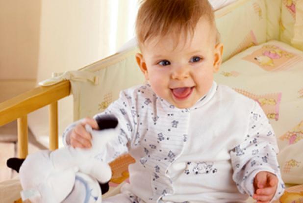 A quel ge changer le lit de votre enfant guide maman b b - Mon bebe refuse de dormir dans son lit ...