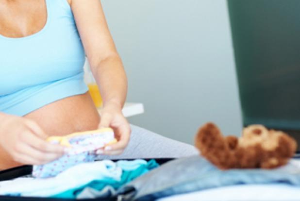 préparer votre valise avant le départ pour la maternité