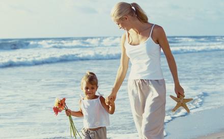 maman travaille à temps partiel pour passer plus de temps avec ses enfants