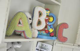 Lettres décoratives ABC fabriquées au crochet